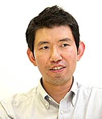 室田信一氏